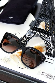 Céline New Audrey sunglasses || Fashion Accessories. Pic: @Fashionhippieloves. Find those Céline #sunglasses at http://www.smartbuyglasses.com/designer-sunglasses/Celine/Celine-CL-41805/S-New-Audrey-807/HA-166030.html