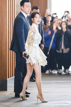 Singer Fashion, Iu Fashion, Daily Fashion, Fashion Models, Fashion Dresses, Korean Celebrities, Celebs, Black Pink Songs, Bts Inspired Outfits