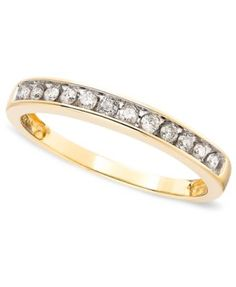 Diamond Band Ring in 10k Gold (1/5 ct. t.w.)