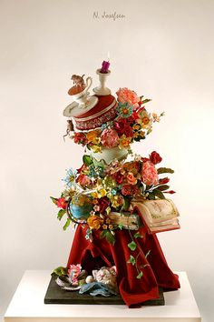 OMG, yes, this is cake! One of the most stunning cakes I have ever seen. By Neli Josefsen