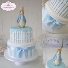 Beatrix Potter cake Peter Rabbit cake by CJ Sweet Treats Peter Rabbit Cake, Peter Rabbit Birthday, Peter Rabbit Party, Baby Cakes, Baby Shower Cakes, Christening Cake Boy, Baby Boy Baptism, Beatrix Potter Cake, Auryn