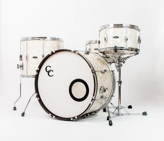 C&C Drums Europe - Vintage Drums - Player Date 2 - Aged Marine Pearl - Kit (side) www.candcdrumseurope.com