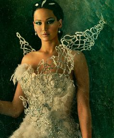 Close up of Katniss' dress, hair and makeup!  Amazing!