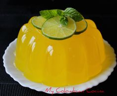My Colombian Cocina - Gelatina Margarita Smoothies, Cupcakes, Butter Dish, Margarita, Delicious Desserts, Foods, Sweet, Recipes, Gastronomia