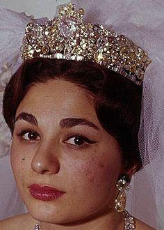 Tiara Mania: Empress Farah of Iran's Noor-ol-Ain Tiara