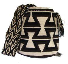 Designer Clothes, Shoes & Bags for Women Tapestry Bag, Tapestry Crochet, Handmade Handbags, Handmade Bags, Crochet Stitches, Knit Crochet, Mochila Crochet, Tribal Bags, Jute Bags
