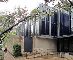 Houston Museum of Fine Arts - Mies Houston Museum, Ludwig Mies Van Der Rohe, Museum Of Fine Arts, Travel Usa, Modern Architecture, Mid-century Modern, Mid Century, Interiors, Outdoor Decor