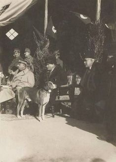 Old Pictures, Old Photos, Vintage Photos, Republic Of Turkey, The Republic, Turkey History, Turkish Army, The Turk, Great Leaders