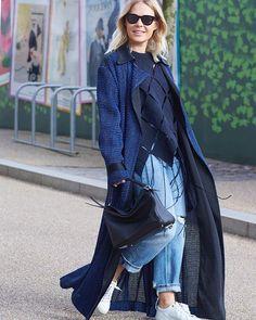 Jessie •  Photo by #Dvora #Fashionistable •  www.dvora.photography  #JessieBush @wethepeoplestyle #LFW #FashionWeek #StreetStyle #Fashion #Mode #Moda #Style #StreetChic #StreetFashion #MBFW #NoFilter