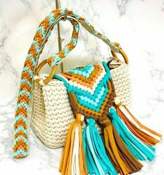 25 ideas sewing patterns for beginners bags crochet purses for 2019 Crotchet Bags, Knitted Bags, Crochet Handbags, Crochet Purses, Mode Crochet, Knit Crochet, Sewing Patterns, Crochet Patterns, Sewing Ideas