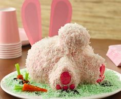 Bunny Butt Cake @Traci Storlie I kind of actually want this for my birthday since it's Easter this year....
