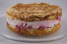 biscuit and buttercream: Himbeerschneetorte
