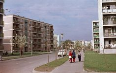 Kilián-dél, Gagarin utca a Benedek Elek utca felől nézve. 1965 Socialism, Street View, Building, Life, Buildings, Architectural Engineering