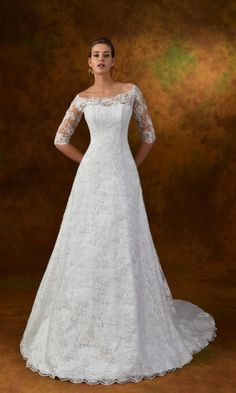 outlet abiti da sposa online, modello Fanny tessuti utilizzati raso e pizzo