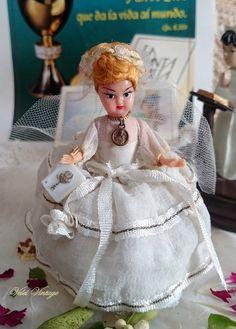 antigua-muñeca-de-comunion-de coleccion