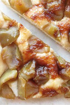 KING ARTHUR FLOUR Cinnamon-Apple Flatbread Recipe