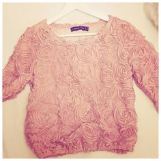 finally  #newin #blogger #fashionblog #fashionblogger #fashion #blog #germanblogger #germanfashionblogger #modeblog #modebloggerin #modeblogger #pink #rosa #rosetop #3dflowers #3drosesweater #sweater #3droses #mode #top #lookbookstore #inlove #outfit #neue #kleidung #roses #rose #sweater