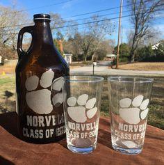 Engraved Clemson tiger paw beer growler, custom beer growler set with pints,personalized graduation, groomsmen gift,Clemson Unversity by 800ChestnutStreet on Etsy
