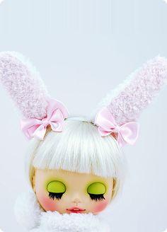 bunny blythe! We love her eye meiku and bunny ears!