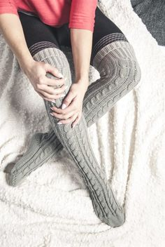 Cable Knit Over the Knee Socks Thigh High Boots Heels, Thigh High Socks, Thigh Highs, Heel Boots, Cable Knit Socks, Knitting Socks, Over The Knee Boot Outfit, Latex Fashion, Fashion Goth