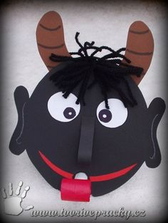 Mami, on se na mě vyplazuje! Retro Christmas Decorations, Christmas Crafts For Kids, Christmas Colors, Handmade Christmas, Carnival Activities, Craft Activities, Projects For Kids, Diy For Kids, January Art