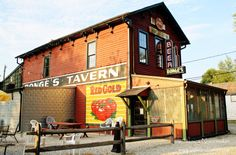 Bonge's Tavern in Perkinsville, #Indiana: #Gourmet American Cuisine with Small Town Flair