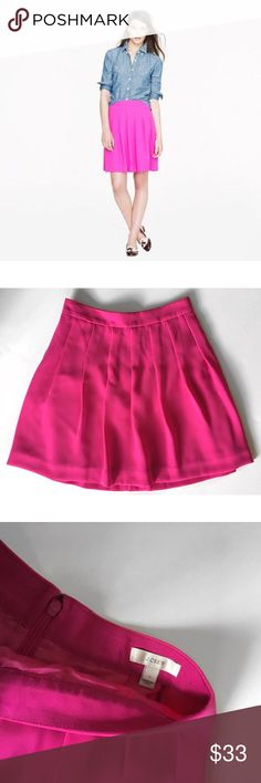 "J.CREW PLEATED CREPE A-LINE HOT PINK SKIRT SZ 0 J.CREW PLEATED CREPE A-LINE HOT PINK SKIRT SZ 0 27-28"" WAIST 18"" LENGTH 100% POLYESTER  -LINED J. Crew Skirts A-Line or Full"