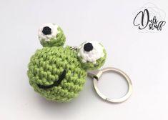 Un favorito personal de mi tienda de Etsy https://www.etsy.com/mx/listing/569795892/llavero-de-rana-de-crochet-rana-de