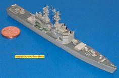"USA Lenkwaffen-Kreuzer CGN-36 USS ""California"" der California-Klasse (Delphin 140) 1:1250"