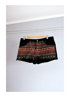 Kup mój przedmiot na #vintedpl http://www.vinted.pl/damska-odziez/szorty-rybaczki/10076055-spodenki-aztec-jeansowe-czarne