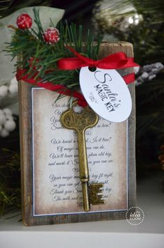 DIY Santa's Magic Key Holiday Decoration