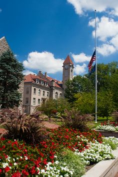 There are so many things to do at Indiana University. Explore the Hoosier capital and enjoy museums, galleries, concerts, and Indianapolis Childrens Museum, University Architecture, Cedar Point, Indiana University, Great Lakes, Beautiful Buildings, Concerts, Museums, Galleries