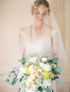 So romantic: http://www.stylemepretty.com/colorado-weddings/denver/2014/11/25/elegant-and-ethereal-inspiration-shoot-at-highlands-ranch-mansion/ | Photography: Sara Hasstedt - http://www.sarahasstedt.com/