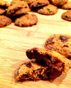 Chicolate Chip Cookie con Bacche di Goji http://peppersmatter.wordpress.com/2014/01/30/chocolate-chip-cookie-con-bacche-di-goji/