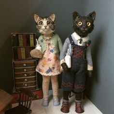 Our goal is to keep old friends, ex-classmates, neighbors and colleagues in touch. Creepy Baby Dolls, Creepy Toys, Creepy Cute, Art Textile, Cat Doll, Tiny Dolls, Toy Art, Vintage Textiles, Soft Sculpture