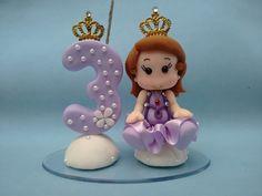 Topo de Bolo tema Princesa Sofia feito em biscuit.  Consulte outros temas e personalizações.