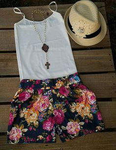Breezy Floral Shorts - Also in Plus Size