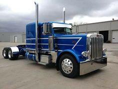 34 Ideas for semi truck pictures peterbilt 379 Big Rig Trucks, Show Trucks, Heavy Duty Trucks, Pickup Trucks, Ford Trucks, Peterbilt 359, Peterbilt Trucks, Custom Big Rigs, Custom Trucks