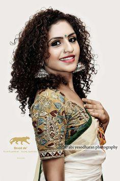 Kerala saree Pen Kalamkari Contact : +917207887627 / 919000015290 Paarvati Saraswathy Cont