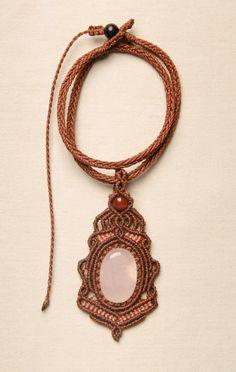 Macrame necklace with Rose Quartz natural stone by Amonithe