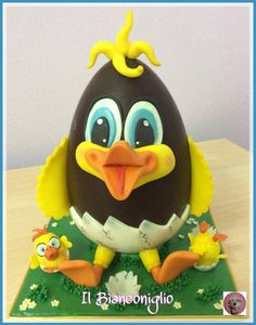 Dolci uova di Pasqua - Torta di Carla Poggianti Il Bianconiglio - CakesDecor