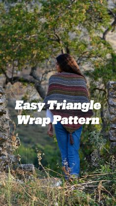 Knitting Stitches, Knitting Patterns, Knit Or Crochet, Crochet Hats, Triangle Scarf, Learn How To Knit, Wrap Pattern, Knitting For Beginners, Knitted Shawls