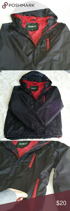 Men's light rain jacket EUC light rain/wind jacket.  Only worn a few times. All zippers and velcro are in great condition.  Smoke free home Outdoor Life Jackets & Coats Windbreakers