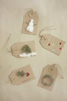 DIY gift tags - oh my goodness I love that fluffy snowman.