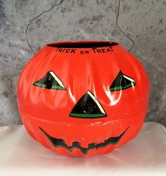 1950s Vintage  US Metal Toy Mfg Co Two Sided Halloween Jack-O-Lantern Candy Container with Flying Bats, Owl and Full Moon . . . Hard to find vintage Trick Or Treat tin metal litho pumpkin toy with classic Halloween artwork on both sides & original wire handle!