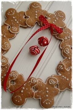 Gingerbread Wreath  not sure what this link uses for this wreath, but I think it would smell great if you used the cinnamon clay recipe with ginger spice added and make your own gingerbread men