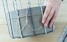 DIY Körbchen aus Zeitungspapier basteln | A PARTY Magazin Paper Crafts, Diy Crafts, Craft Work, Basket Weaving, Crafts For Kids, Projects To Try, Crafty, Tote Bag, Punch