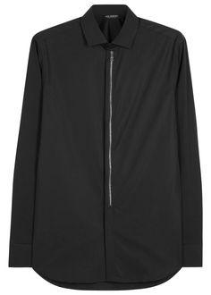 Neil Barrett black cotton poplin shirt Button-fastening cuffs, zip-embellished placket, curved hem Concealed button fastenings through front Fabric1: 100% cotton, fabric2: 72% cotton, 23% polyamide