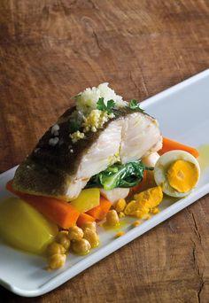 Bacalhau com todos - Fique a conhecer todas as receitas tradicionais portuguesas em: www.asenhoradomonte.com