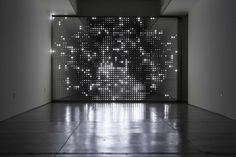 Leo Villareal, Diamond Sea, White LEDs, Installation, 2007.